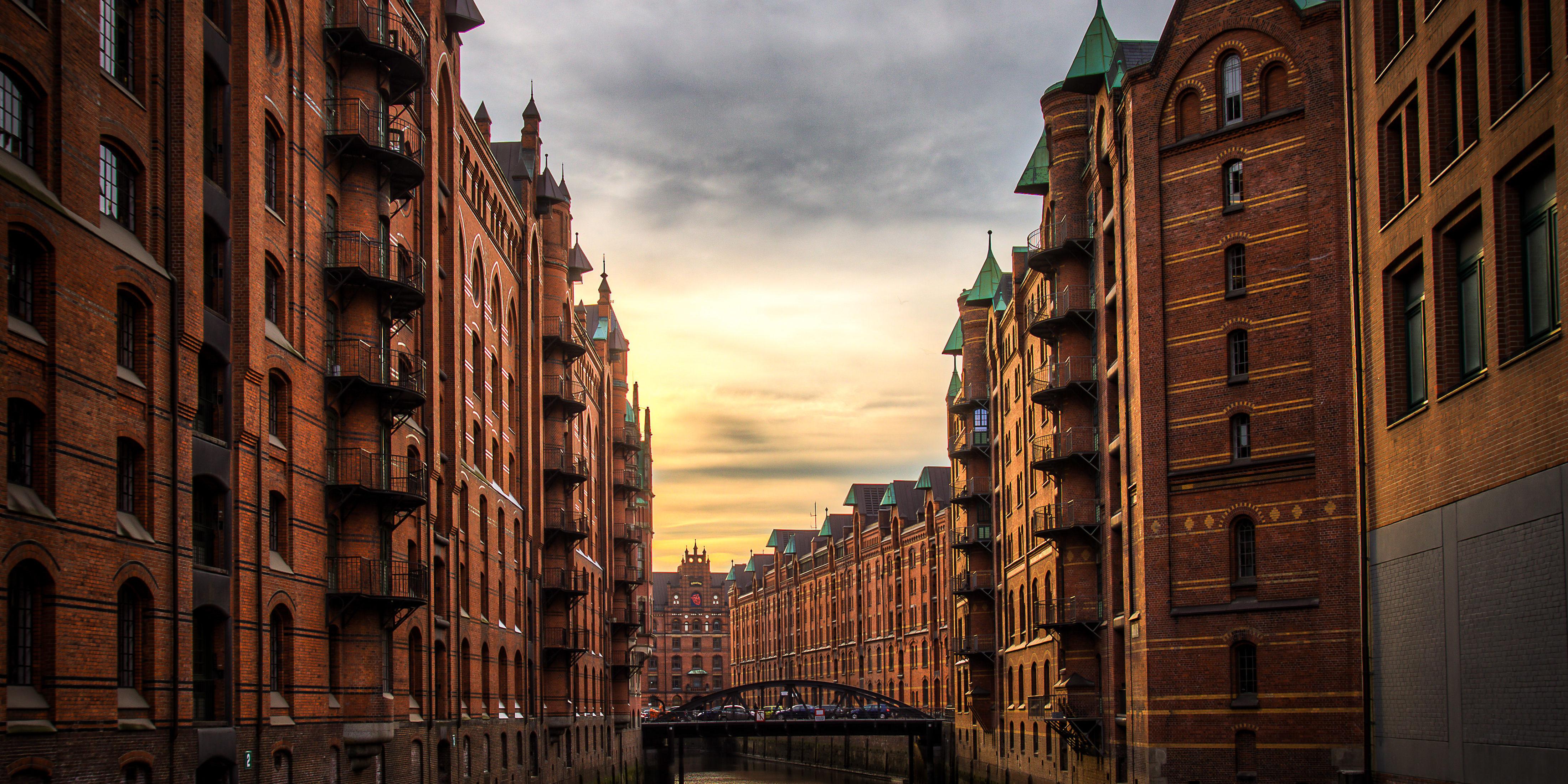 Weihnachtsfeier Hamburg Location.Künstleragentur Aus Hamburg Live Entertainment International