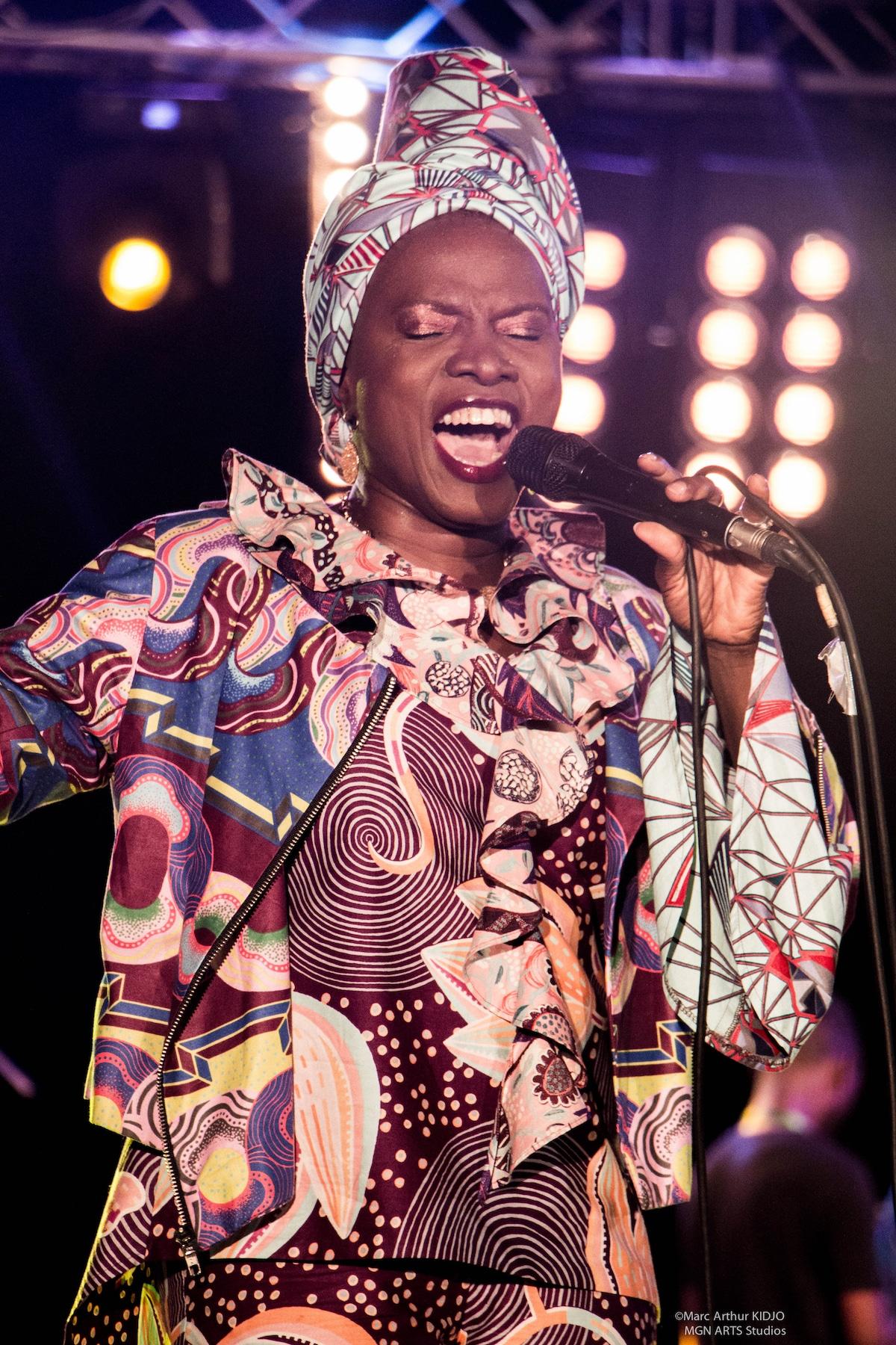 Angelique Live in Cotonou 2 photo credit Marc Arthur