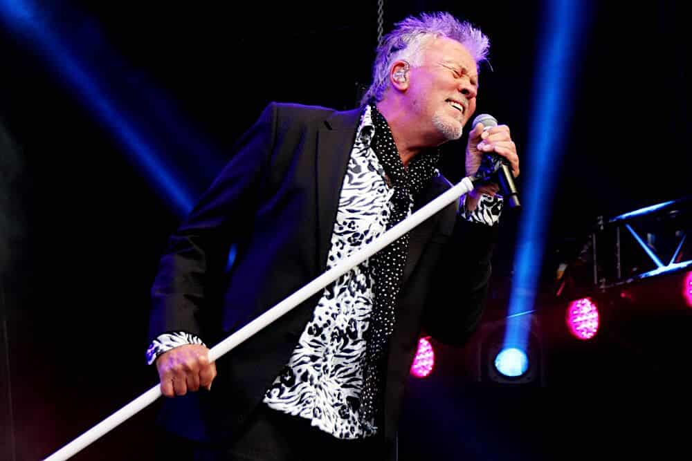 Paul Young Booking